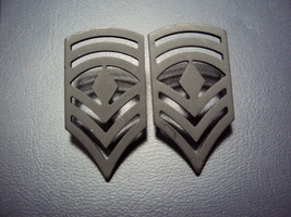 US ARMY SET OF 2 FOR COLLAR U.S.ARMY FIRST SERGEANT BLACK MILITARY INSIG... - $13.46