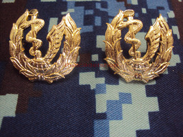 Institute Of Aviation Medicine Royal Thai Air Force PIN Military Medal i... - $8.91