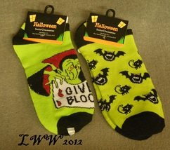 2 pair Vampire Bat Cat Halloween Ladies Socks Light Green Dracula Black ... - $5.99