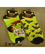 2 pair Vampire Bat Cat Halloween Ladies Socks L... - $5.99