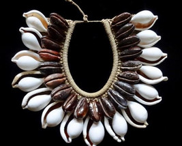 Sea Shell Necklace Ovula Cowrie Tribal Bijoux Coquille Women Fashion Jew... - $219.33