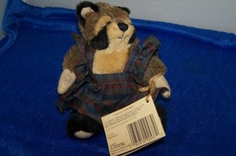 Ganz Cottage Collectibles Raccoon Rhonda - $8.90