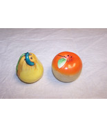 Vintage Small Apple And Pear Salt And Pepper Sh... - $5.93