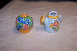Vintage Flower Pot And Water Can Salt And Peppe... - $7.91