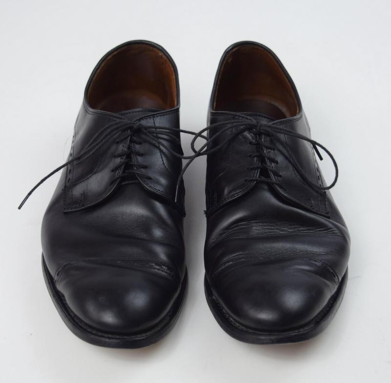 allen edmonds ave black leather cap toe oxford