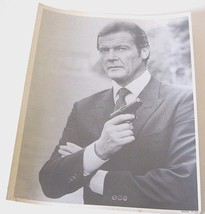 Vintage Roger Moore James Bond Publicity Photo 11x14 Glossy - $9.90