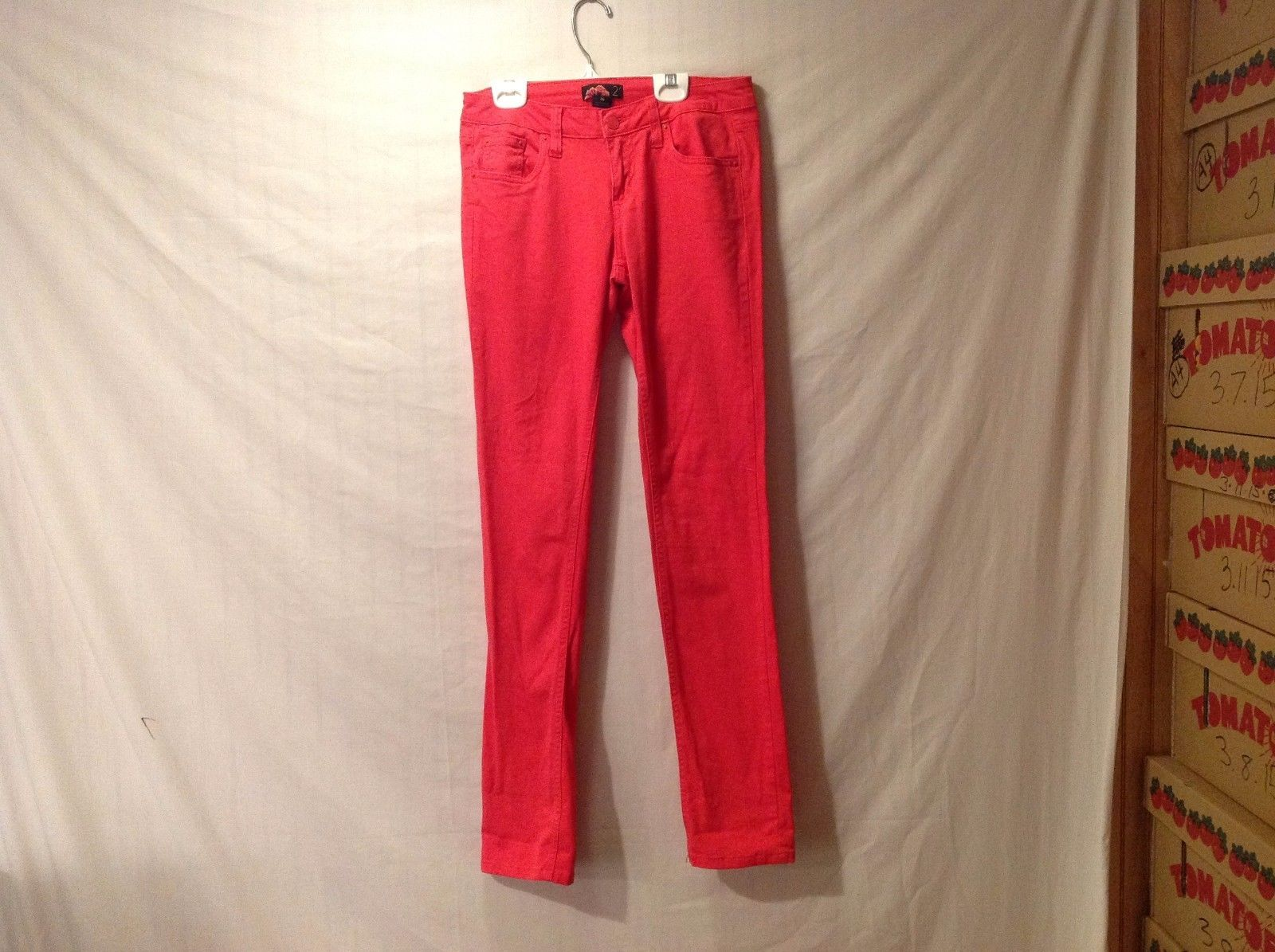 Preowned Excellent Condition Forever 21 Bright Red Jeans Size 26 Skinny Leg
