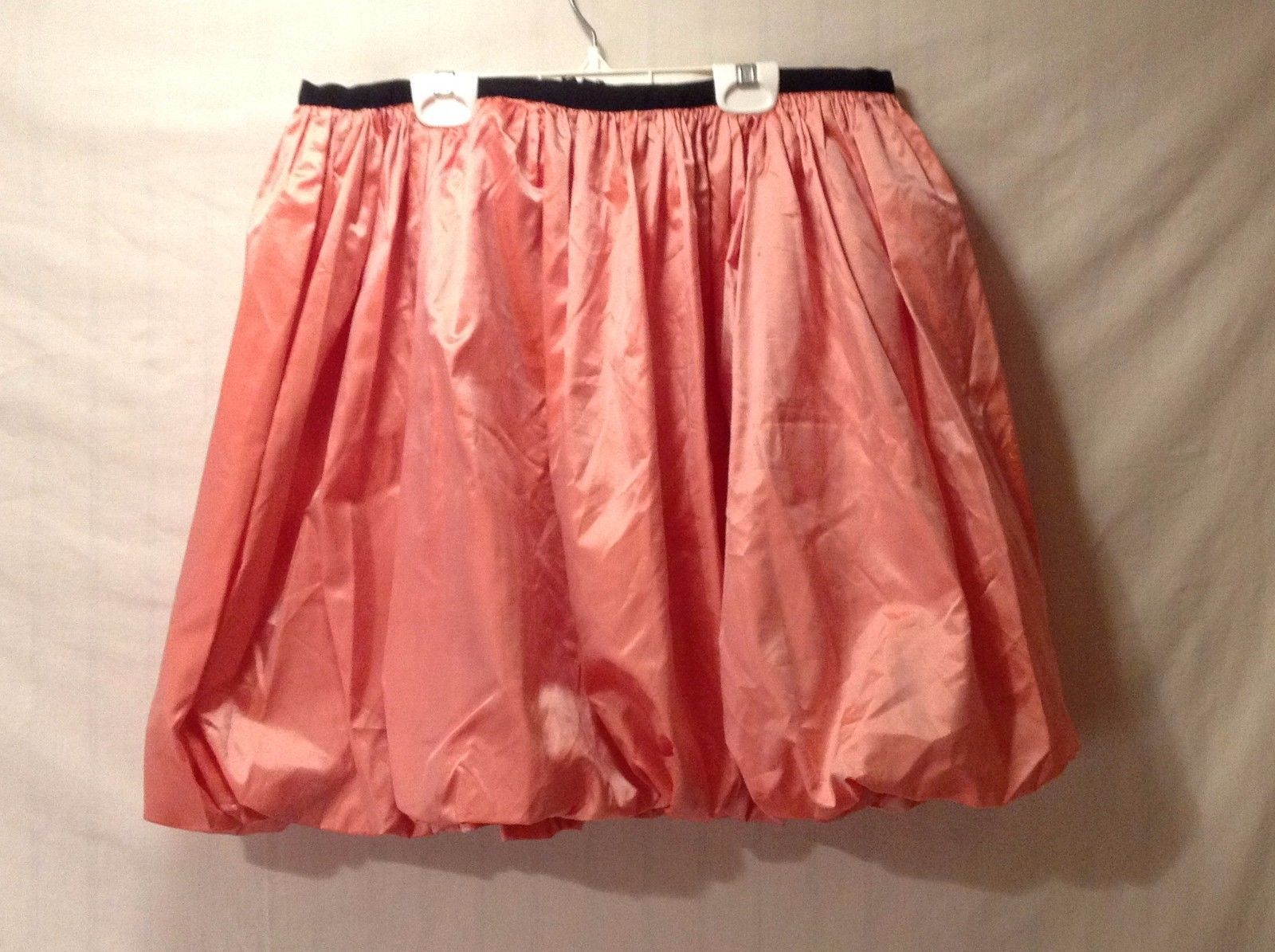 Preowned Excellent Condition Annie Walwyn-Jones Above Knee Skirt Salmon Small