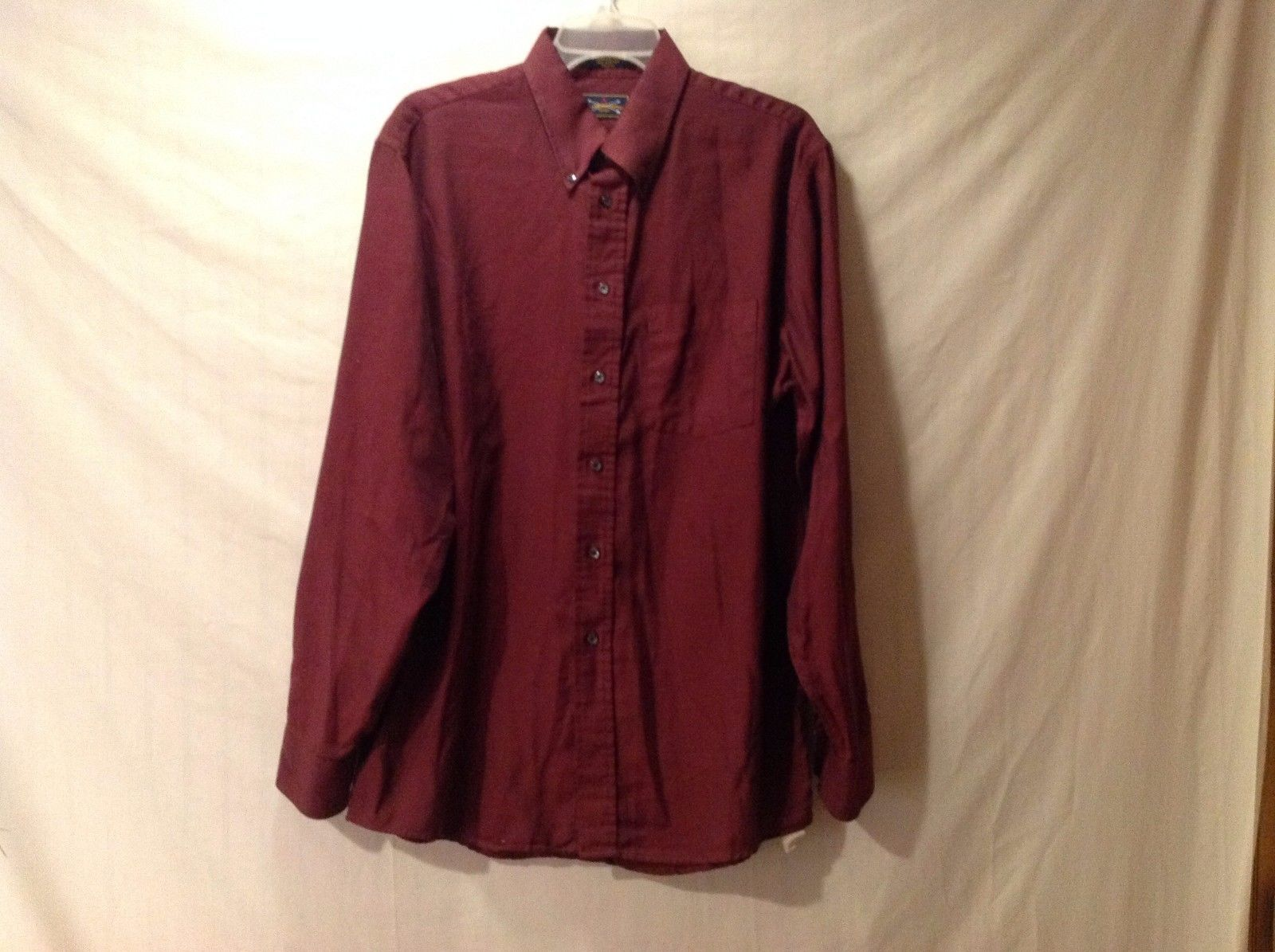 Preowned Excellent Condition Mens Wine Colored Dress Shirt The Arrow Company