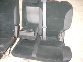 2010 MITSUBISHI LEFT REAR SEAT WITH BLACK CLOTH TRIM image 2