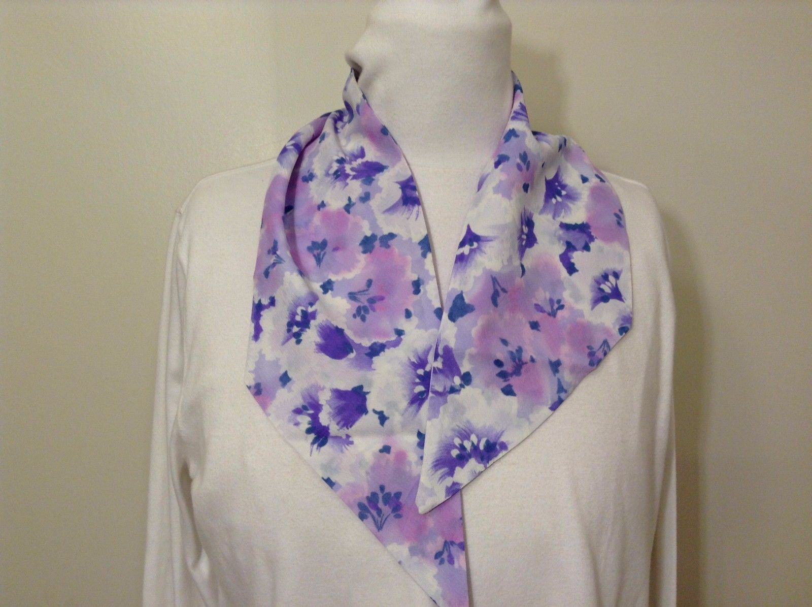 Vintage Handmade Scarf or Headband Floral Purple Violet Pink White Triangle End