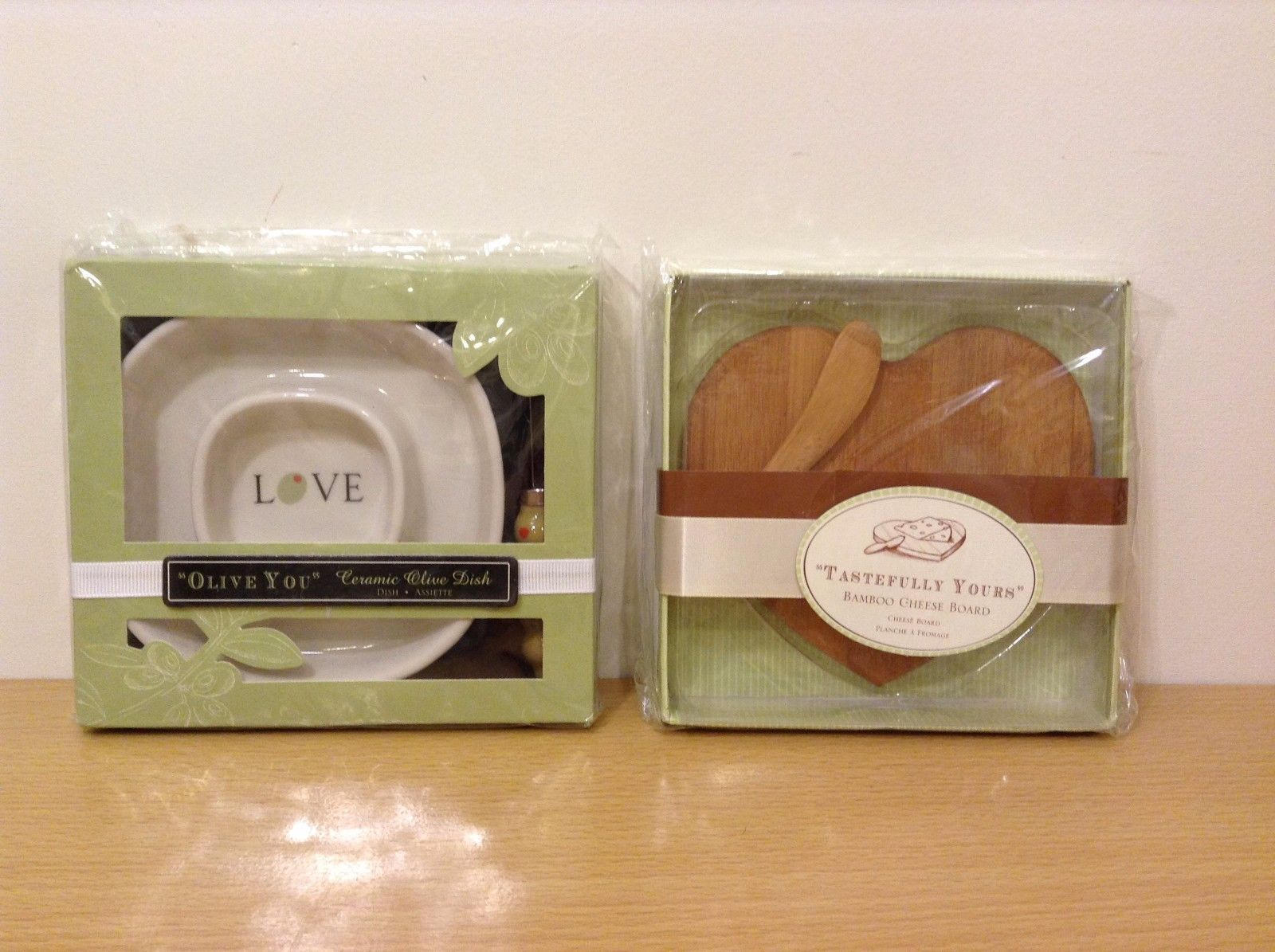Lot of 2 Ceramic Olive Dish Bamboo Cheese Board New Kate Aspen Design Heart