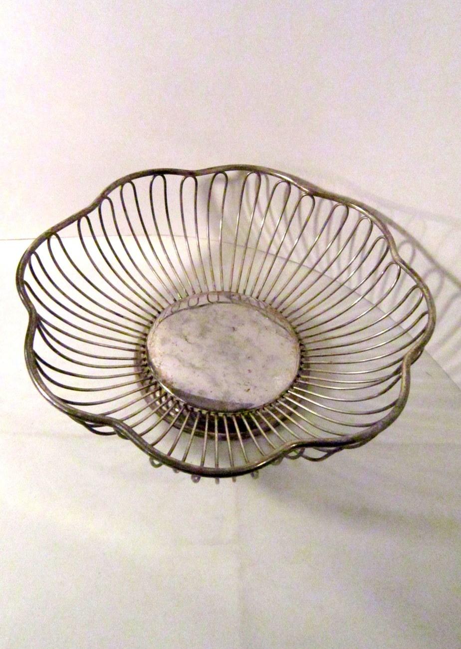 Silverplate wire bowl basket vintage 01