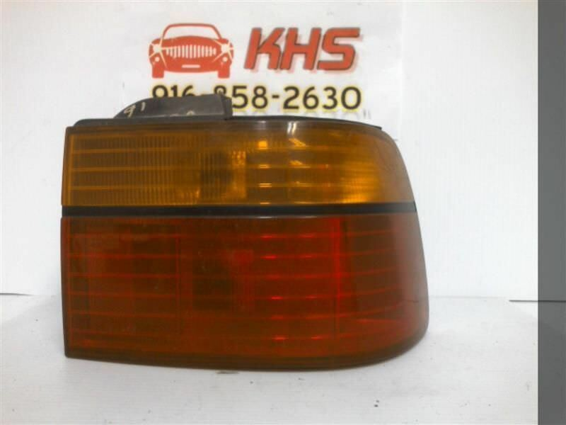 Primary image for Passenger Tail Light Coupe Quarter Panel Mounted Fits 90-91 ACCORD 245671