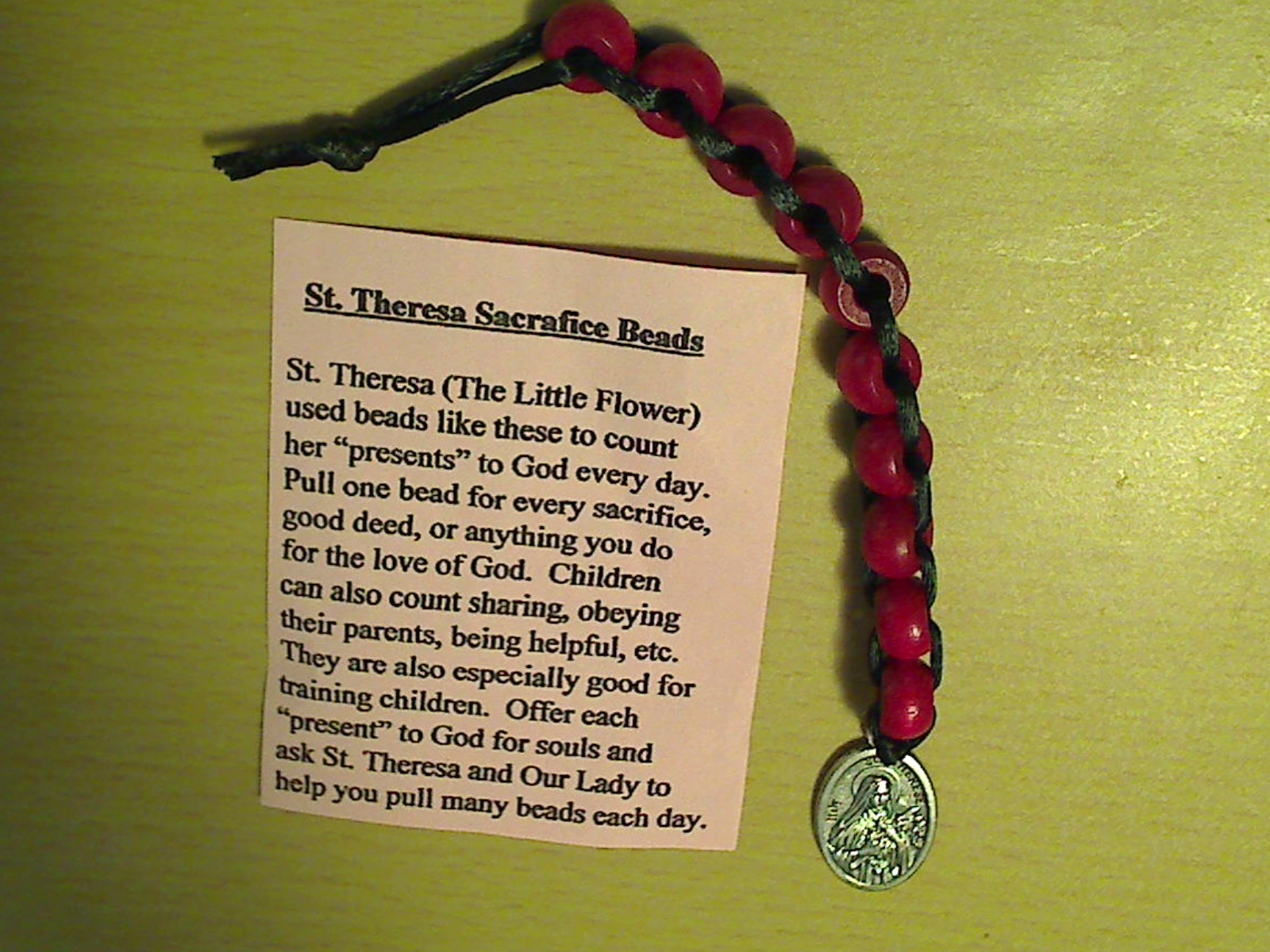 St. theresa sacrafice beads wood r 4