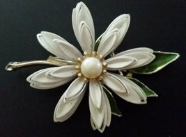 Vintage Large White enamel Faux Pearl Brooch Gold Tone pin - $12.86