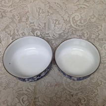 Vintage, Heritage Mint, 2pc Blue Willow Enamelware Mixing Bowls 7.5in an... - $47.45