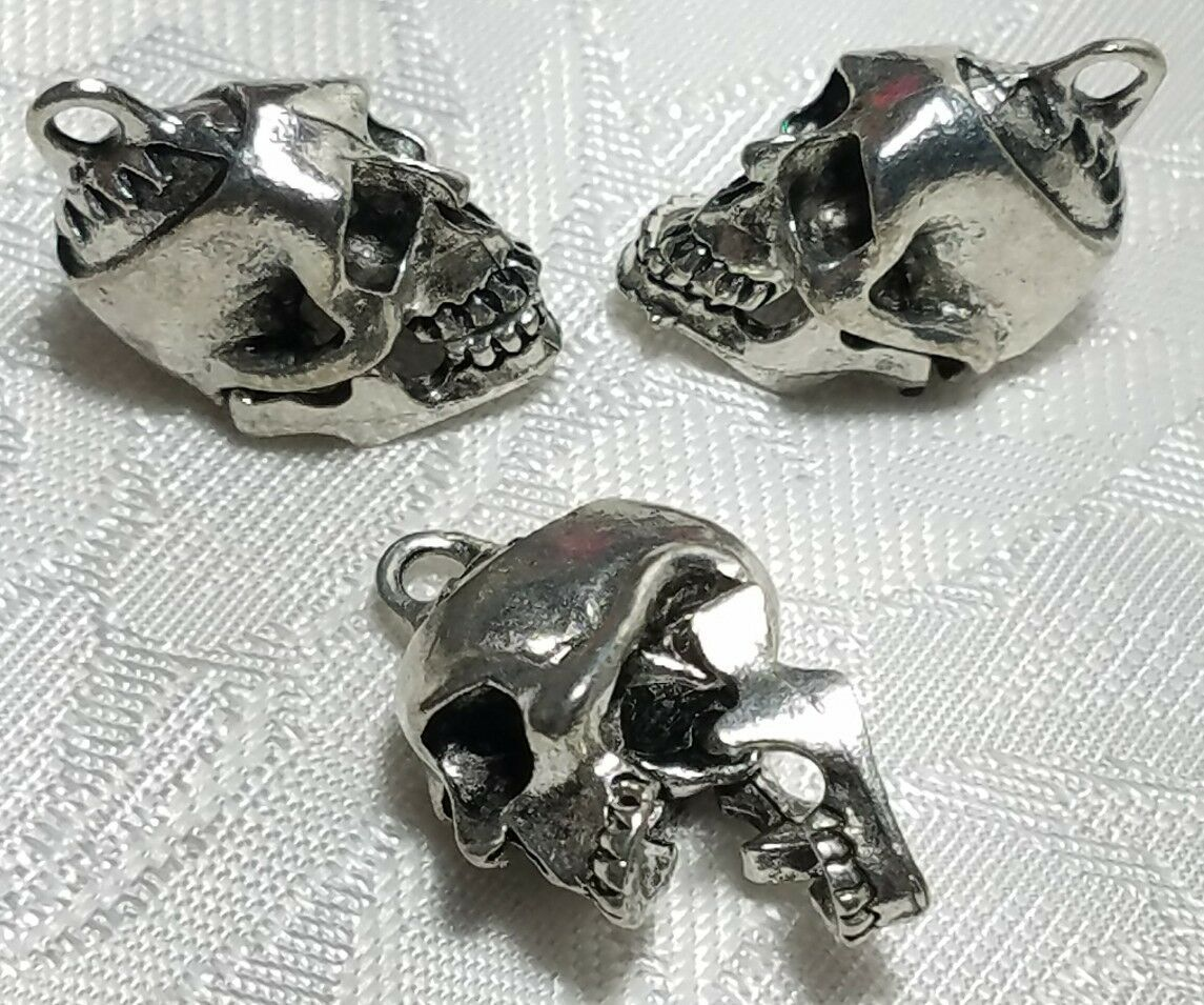 SKELETON SKULL MOVING JAW FINE PEWTER CAST PENDANT CHARM ANTIQUE SILVER CS184AS