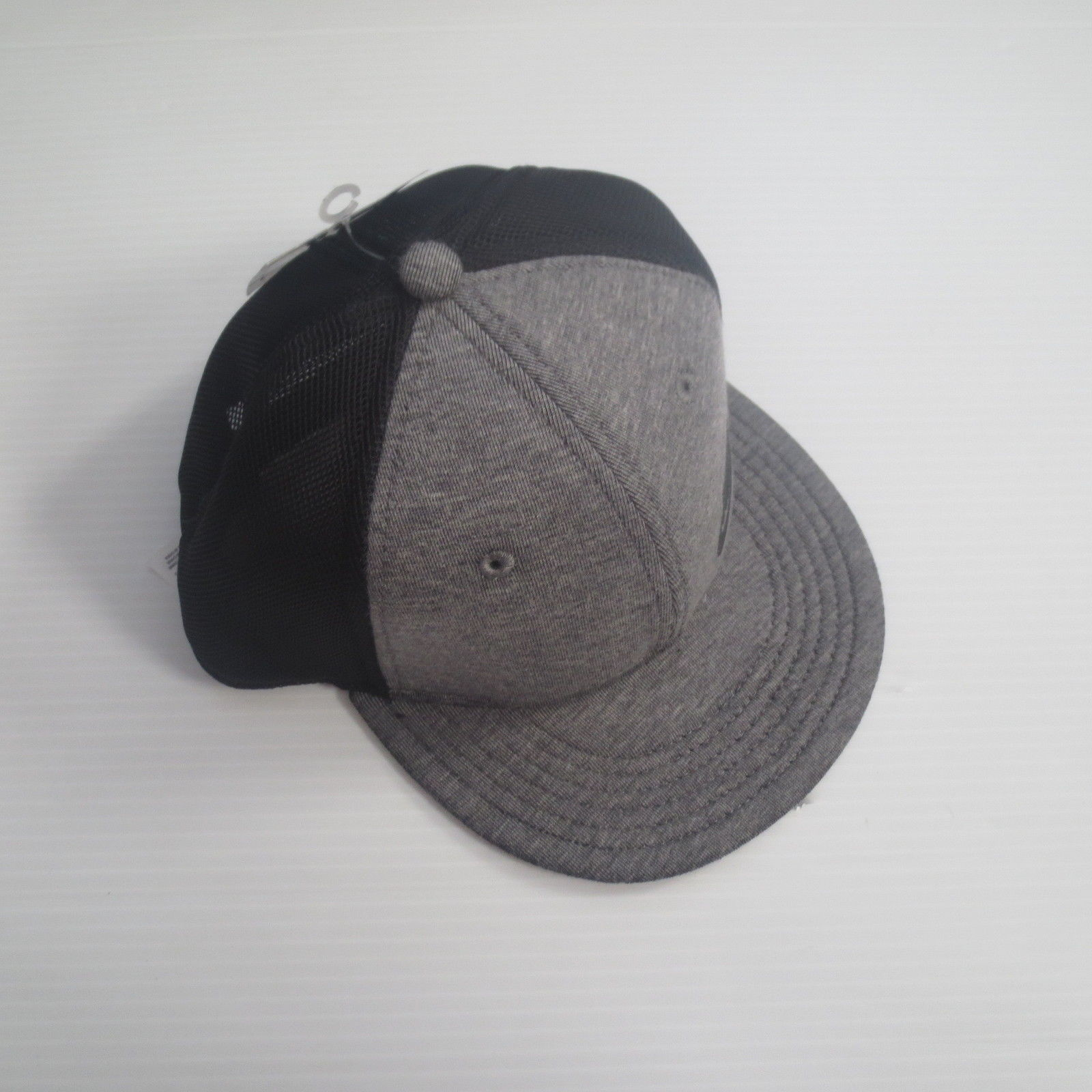 101095aa057 Nike Youth Tech Fleece True Snapback Cap Hat and 50 similar items. S l1600