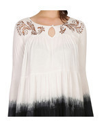 Ira Soleil off white dip dyed viscose knitted strechable printed panelle... - $935,46 MXN