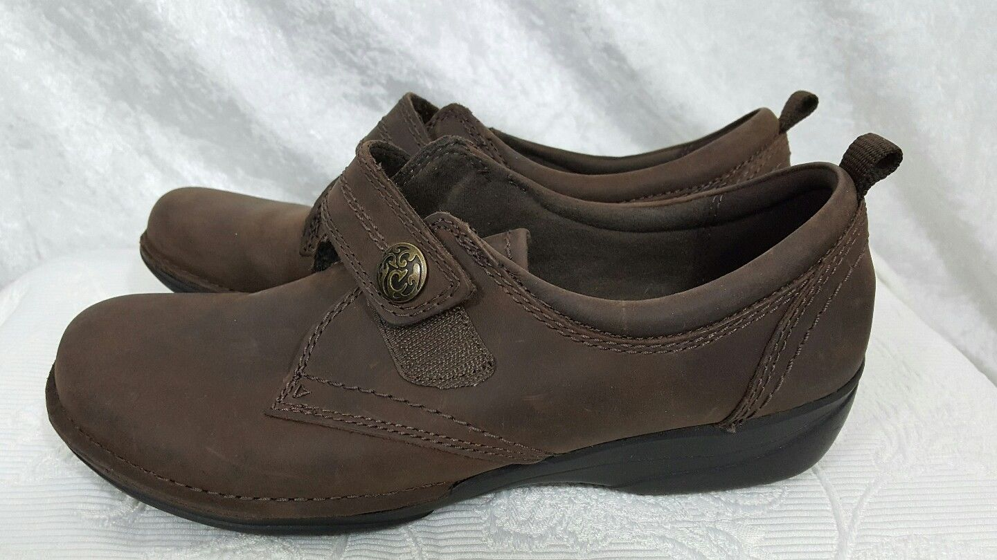 bfc5f7e75b303 Clark Collection Brown Shoes Size 9 and 50 similar items