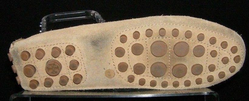 Tory Burch 'Daria' beige suede round toe slip on driver mocassin flats 6.5M