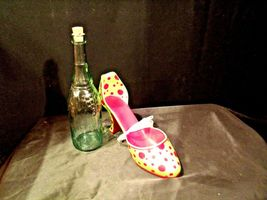 HS High Spirits Shoe and Bottle Display AA-191736  Vintage Collectible image 6