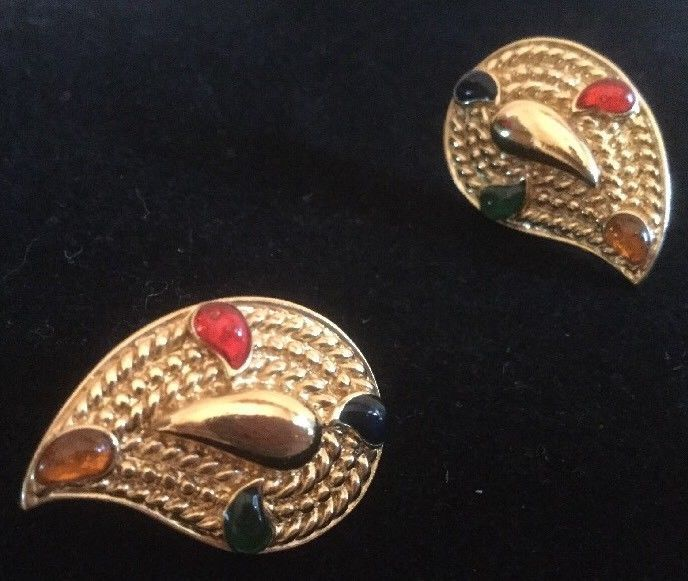 Vintage Avon Brooch/Pin Earrings  Set