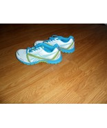 REEBOK ULTIMATIC RUNNING SNEAKERS SIZE 5 - 5.5 WHITE BLUE GREEN NWT - $26.98