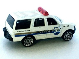 Matchbox Ford Expedition City Police Patrol Supervisor Toy SUV Suburban 1998 - $6.79