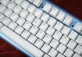 Micronics K735 Mechanical Gaming Keyboard Red Body (Kailh Box Switch White) image 9