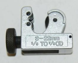 MintCraft 6821771 Mini Tube Cutter Suj2 Cutting Wheel Zinc Body image 2