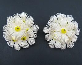 VTG Plastic White Daisy Petal Flower Clip Earri... - $19.75