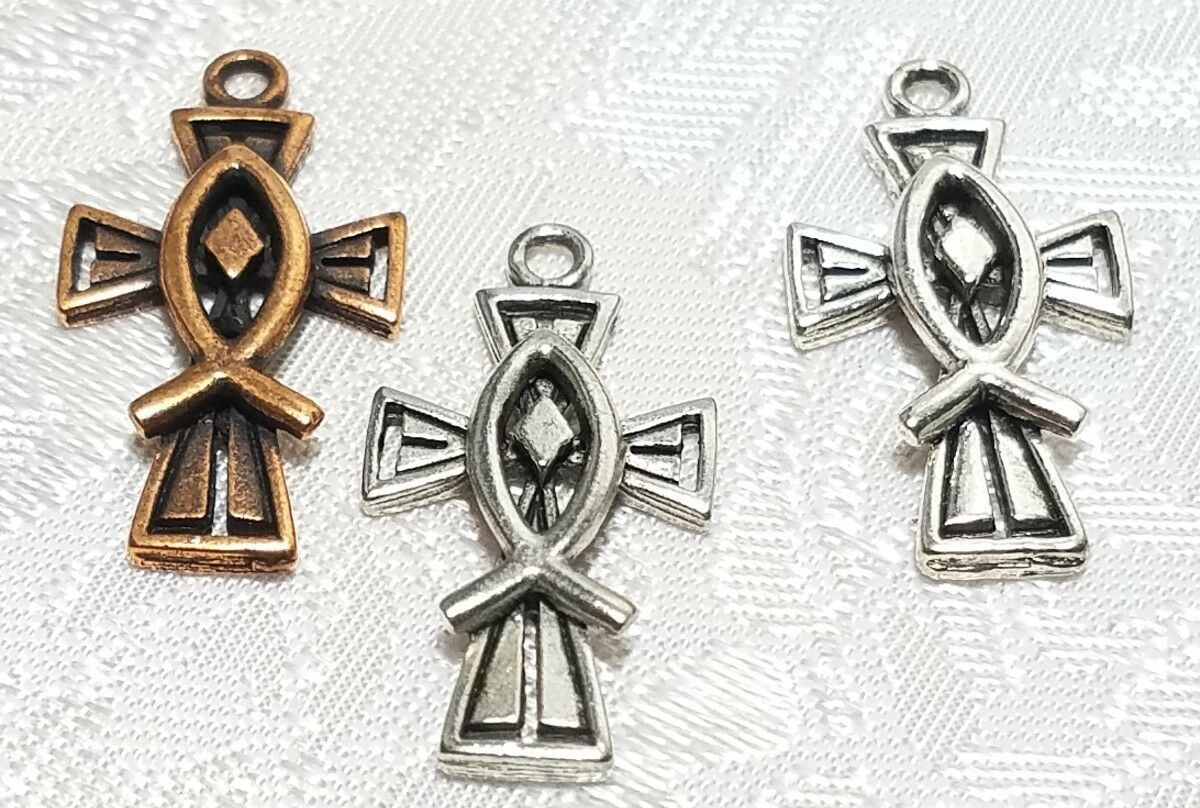 CHRISTIAN CROSS WITH FISH FINE PEWTER PENDANT CHARM - 13mm L x 25mm W x 2.5mm D