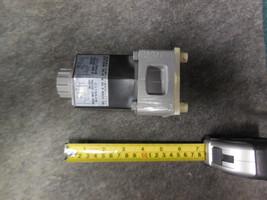 TOYOOKI CONTROL VALVE HW-02077A1 image 1