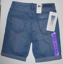 Calvin Klein Women's Size 4 Shorts Jean City Short Knee Length Joel Medi... - $18.99