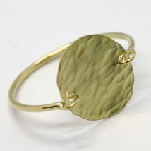 18K YELLOW GOLD FLAT DISC RING, FINELY WORKED, SATIN, HAMMERED, MADE IN ITALY image 1