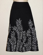 Jones New York Skirt 12 Black Cream Embroidered Leaves Side Zipper 100% ... - $16.39