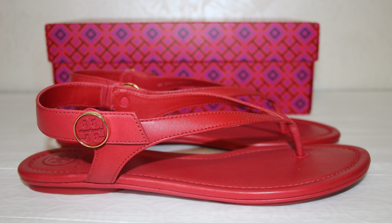 264d2f1e13be Tory Burch Minnie Travel Sandal Size 8 Red Leather Thong Slingback  200