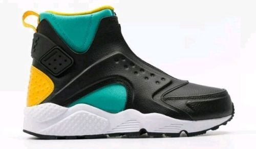 wholesale dealer 41043 4f5b5 Size 7 Nike Women Air Huarache Run Mid Shoes and 50 similar ...