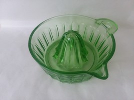 Vtg Green Glass Juice Reamer Citrus Fruit Juicer - $22.27