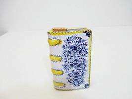METROPOLITAN MUSEUM of ART Ceramic Book Whiskey Decanter Flask Made in P... - $15.40