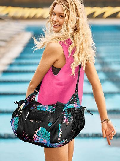 VICTORIA S SECRET MIDNIGHT TROPICAL BUNGEE POCKET DUFFLE BAG FOR WORKOUT  TRAVEL 9388323d80