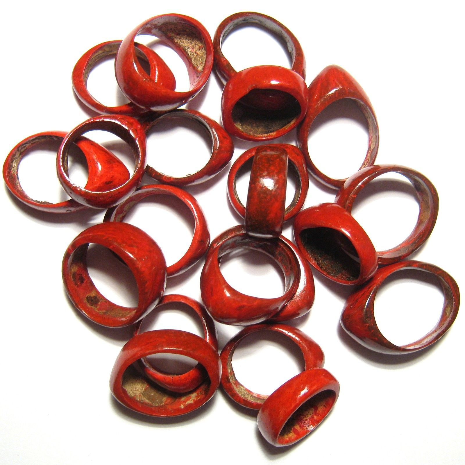 Primary image for QTY. 100 RED COLOURED COCONUT SHELL WOOD RINGS NUT SEED WHOLESALE QUANTITY 100