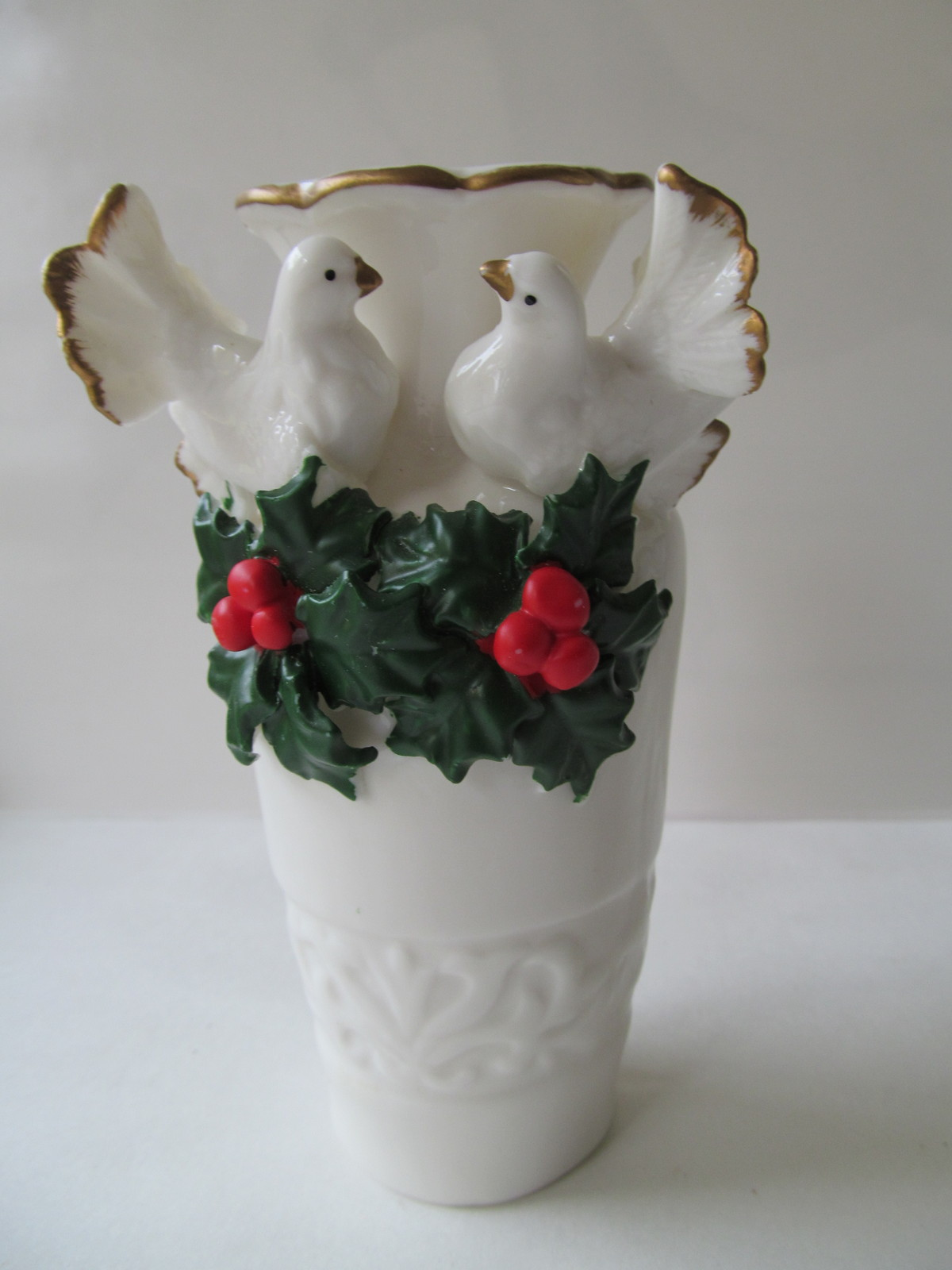 Primary image for Christmas Vase White on White Doves with Red & Green Holly - NEW Old Stock!