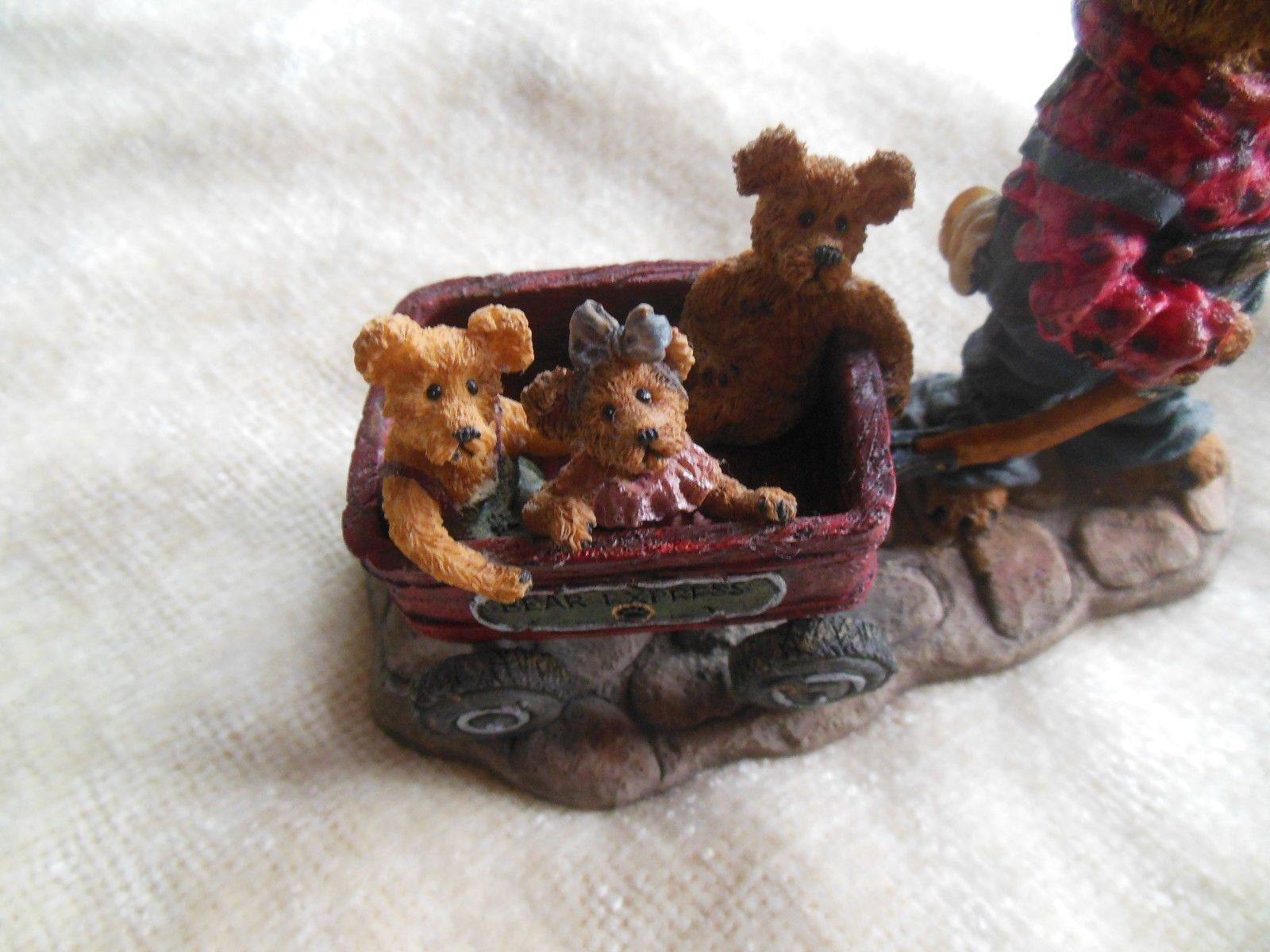 Boyd's Bears Huck with Mandy, Zoe and Zack... Rollin' Along Bearstone #227727