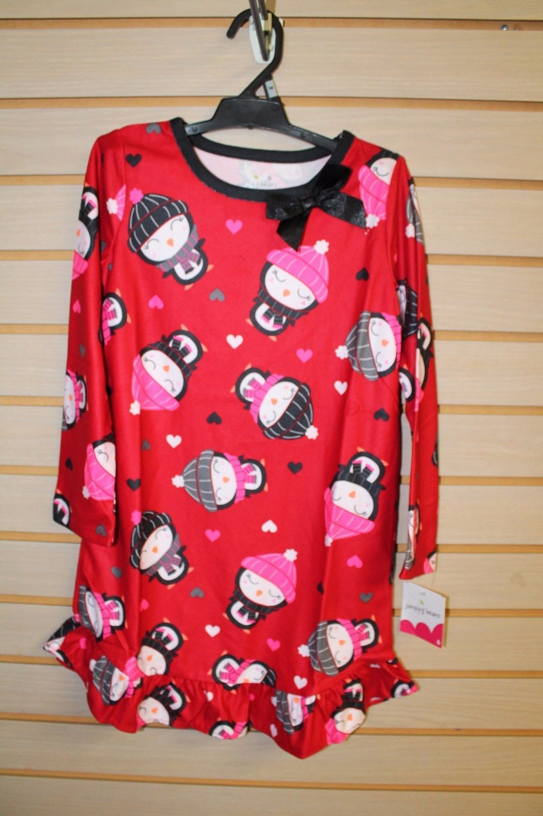 Jumping beans girl size 6  nightgown