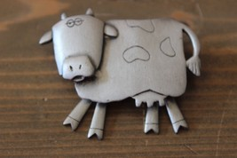 Vintage JJ Cow Brooch Moveable Legs - $16.82