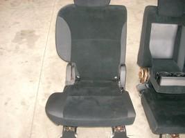 2010 MITSUBISHI RIGHT REAR SEAT WITH BLACK CLOTH TRIM