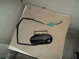Lincoln Blackwood Driver Left Front Door Outside Door Handle W/SECURITYBOTTON - $173.25